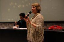 Ana María Hernández, directora del Proyecto Inclusión UDP presenta la política.
